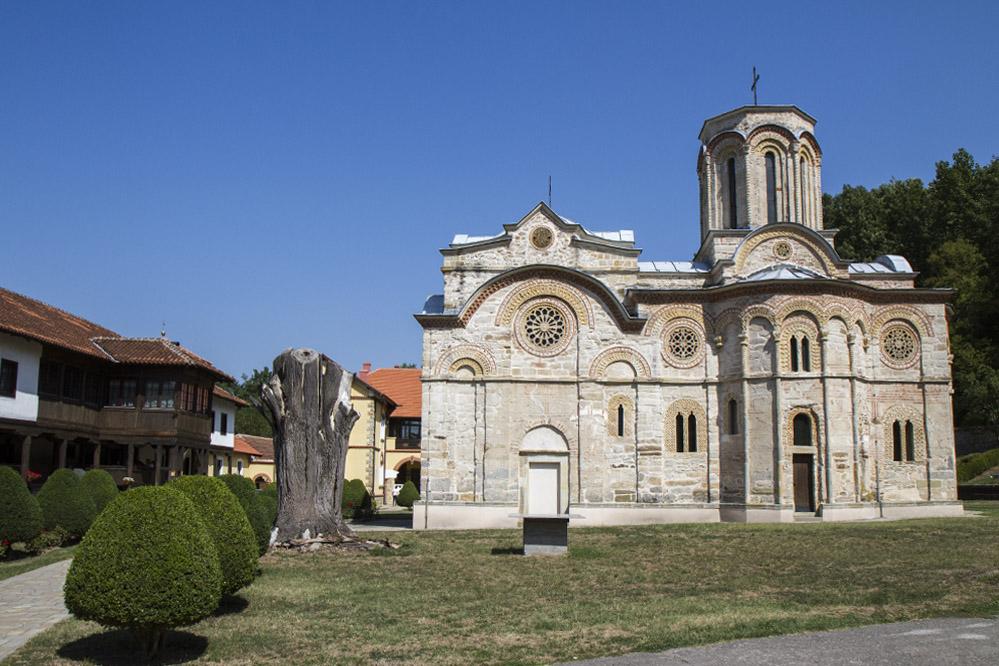 Манастир Любостиня