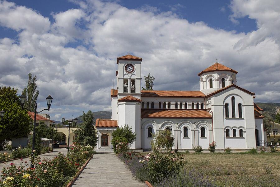 Храм Св. Григорий в с. Неа Карвали край Кавала