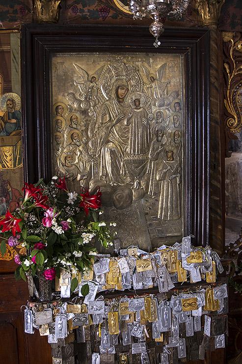 Чудотворната икона в църквата на девически манастир Св. Богородица Всецарица в Мистра