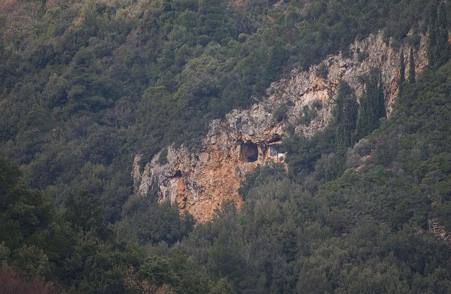 Пещерата на преп. Козма Зографски
